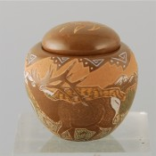 Moquino, Jennifer – Mini Seedpot with Elk & Bear Paw Lid